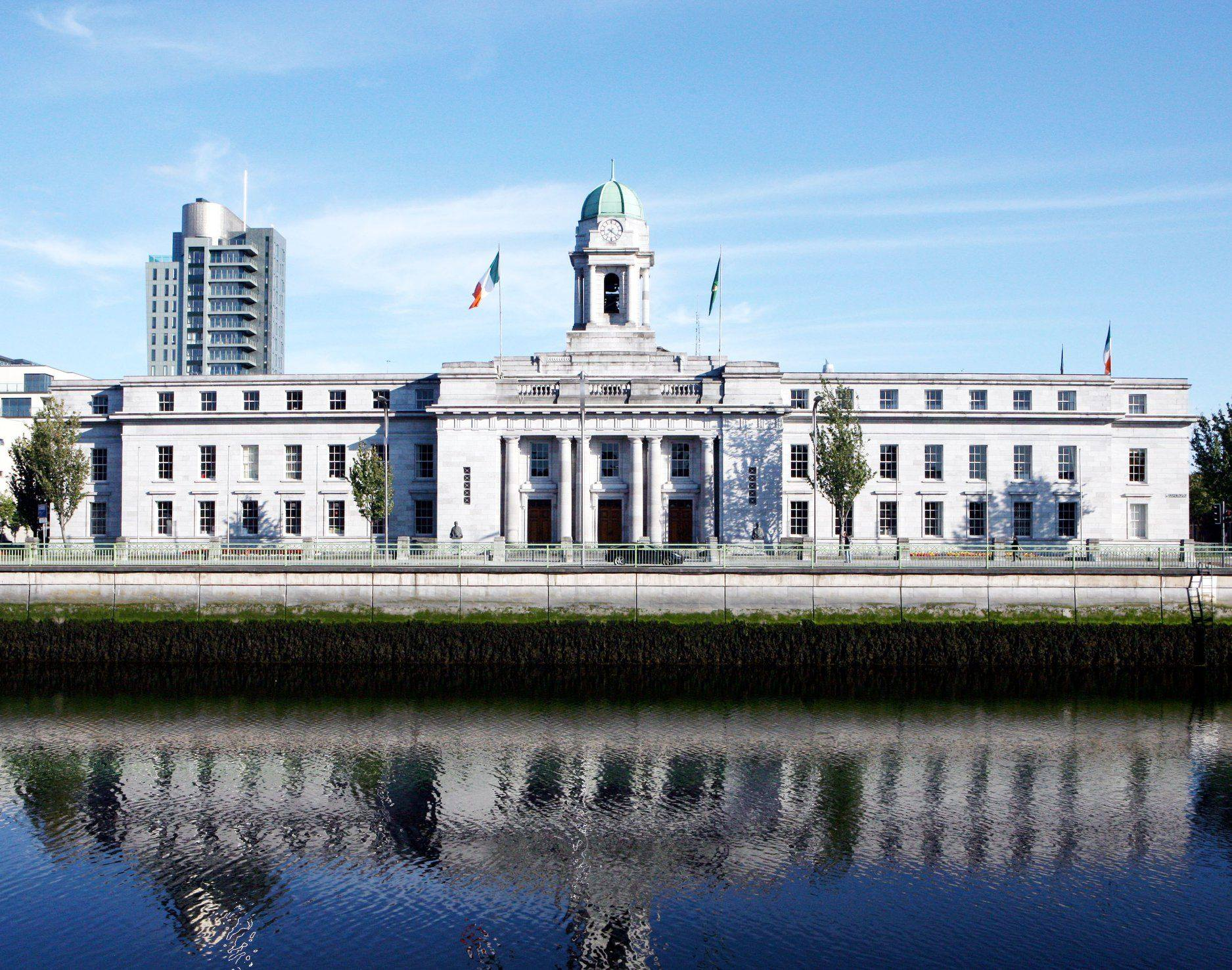 /corkcityco/en/council-services/news-room/latest-news/cityhall_.jpg