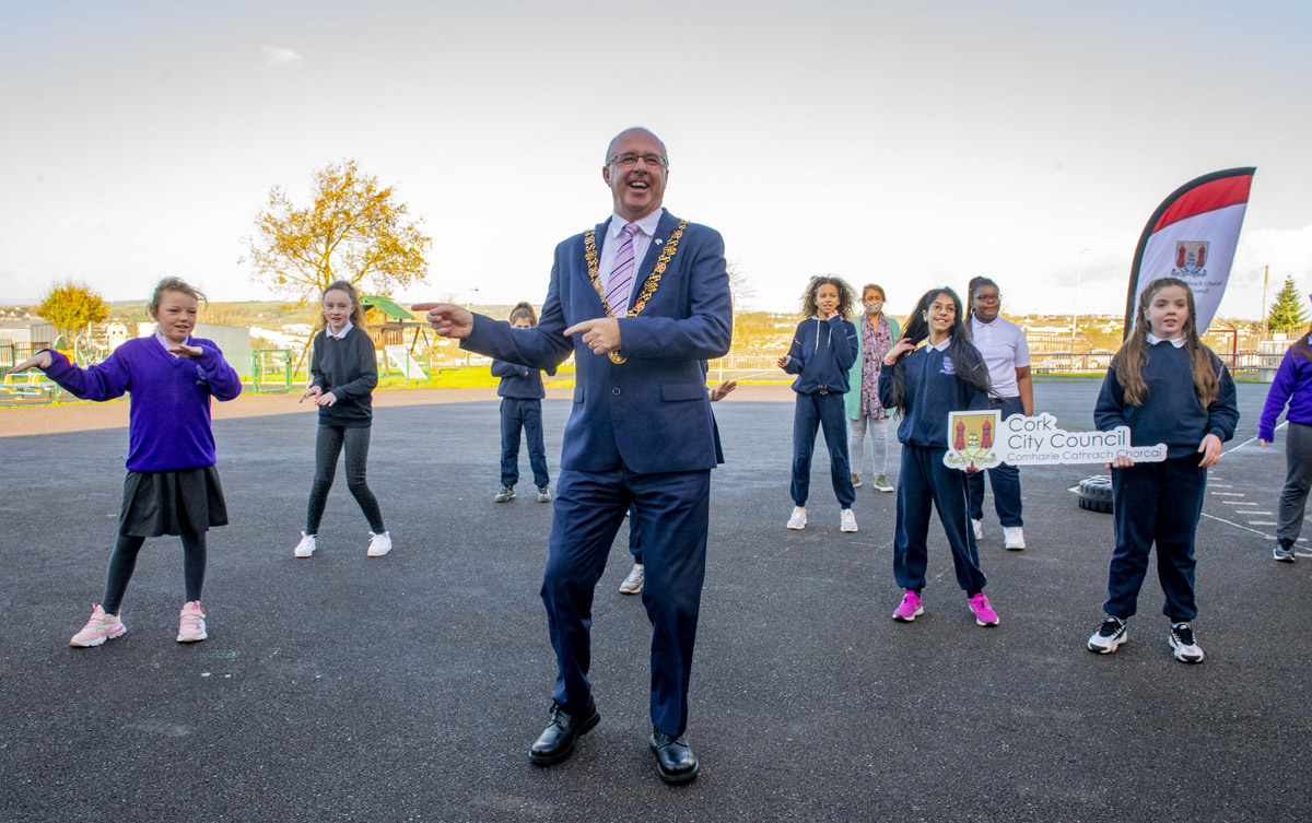 /corkcityco/en/council-services/news-room/latest-news/lord-mayor-st-brendan-s-zumba.jpg