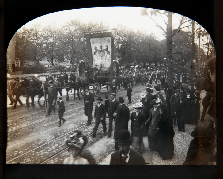1777.2143-P6.1-Photo-Cork-Camera-Club-Procession-with-Horse-Drawn-Car-with-Banner