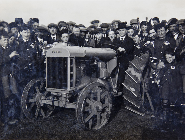 Photo-Group-Tomas-MacCurtain-on-Ford-Tractor-possibly-Fitzgeralds-Park