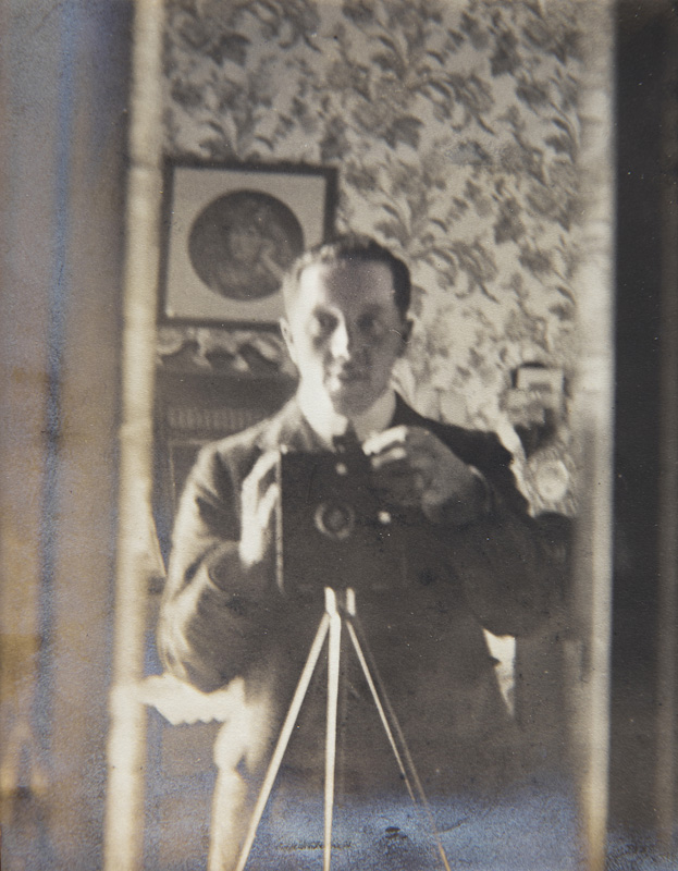 Self-portrait of John Hoyton Rutter and his camera