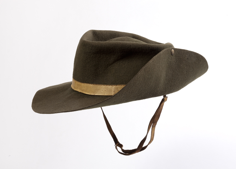 Terence-MacSwineys-Irish-Volunteers-hat